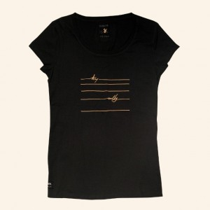 Женская футболка Manera
